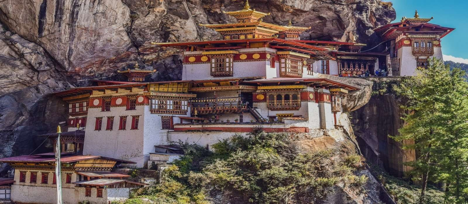 8 Nights 9 Days Bhutan Tour