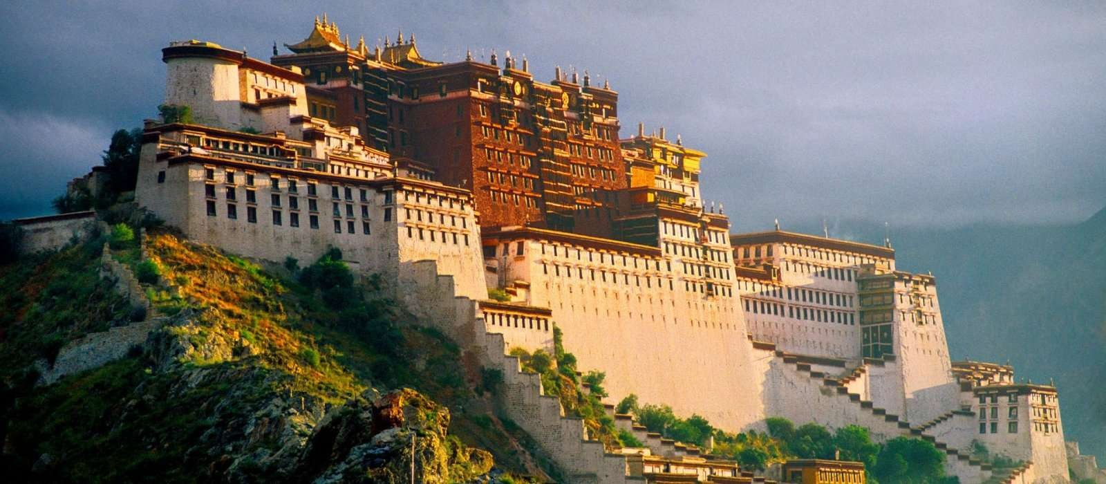 Necessary Travel Documents for Tibet and Nepal